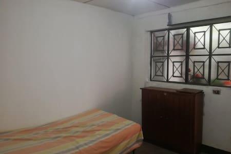 Lindas habitaciones amobladas