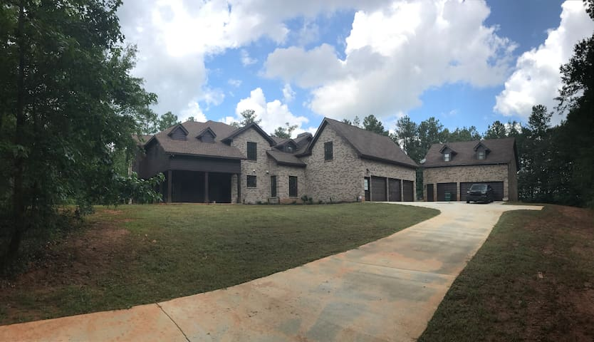 EXCLUSIVE MANSION!!!!