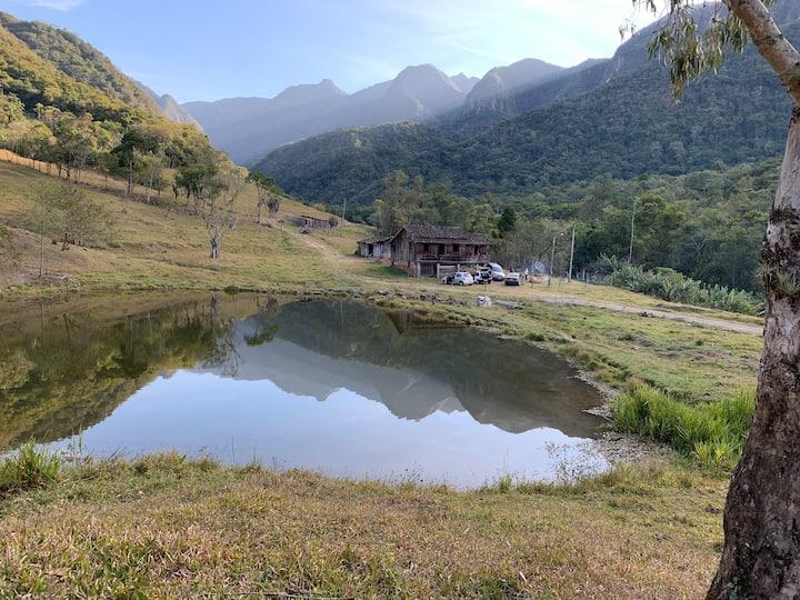 Casa de sítio Na Serra do Rio do Rastro