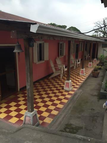 Finca Monte Carmelo - Zunil - Casa de campo