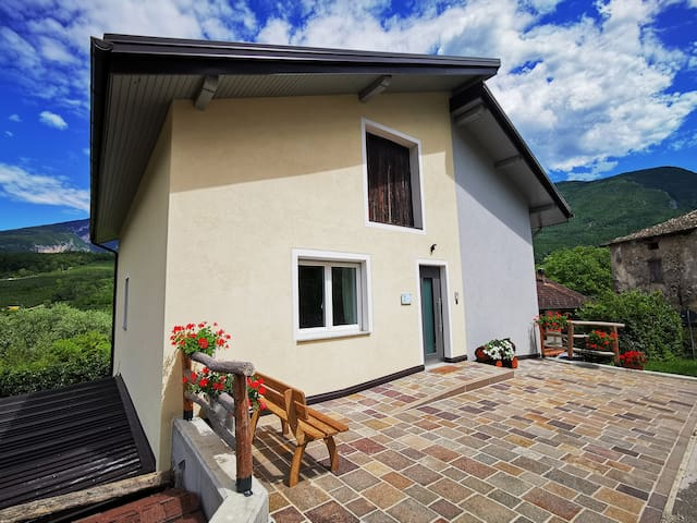 House in typical Maso between nature and tradition