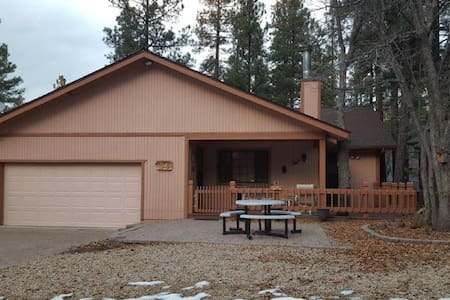 Cozy Munds Park home, between Flagstaff & Sedona - Munds Park