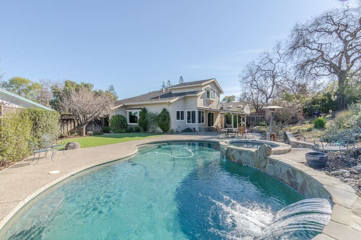 Lovely Almaden Home: discounts for fire evacuees