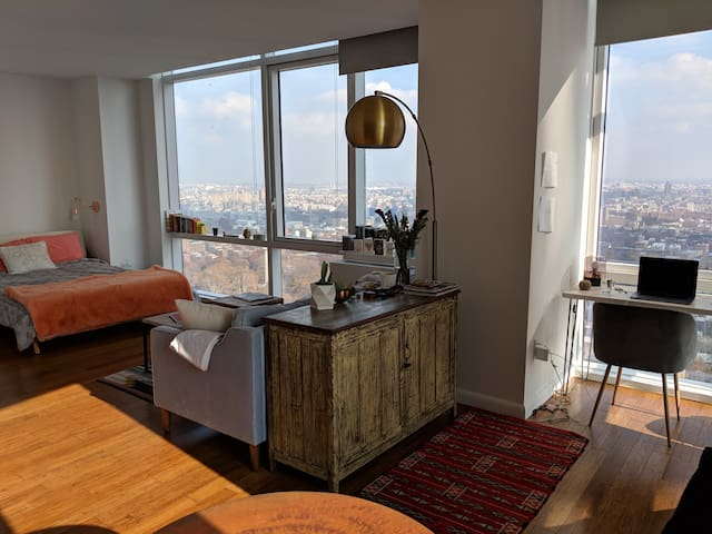 Modern and Cozy Large Studio in Brooklyn
