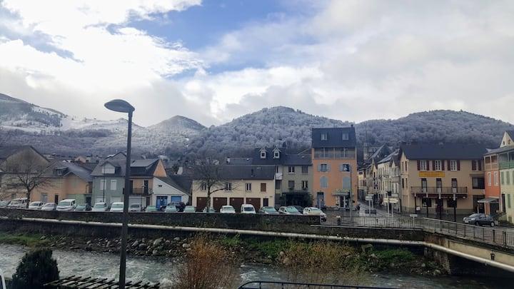 Appartement entre montagnes et eau