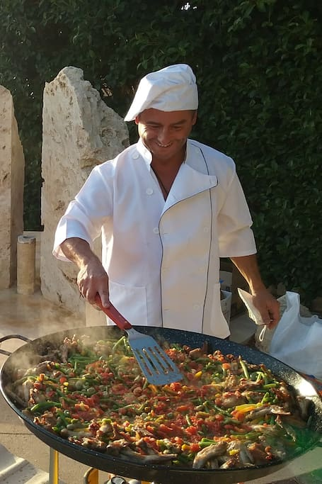 ANOTHER WONDERFUL PAELLA