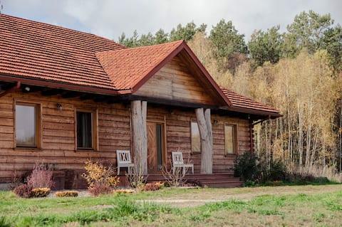 Dworek z sauną przy lesie, 4ha prywatnej działki