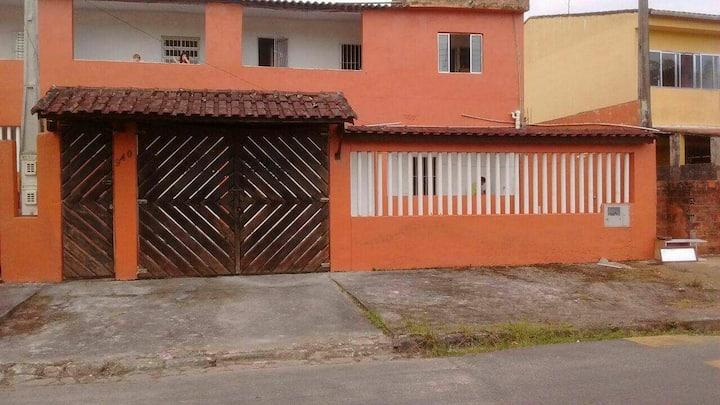 Casa de praia, do Álvaro, em Itanhaém. Casa 1.