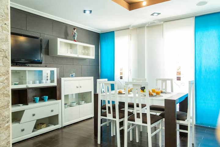 APART 2 BEDROOMS, SPACIOUS,BRIGHT AND CONFORTABLE
