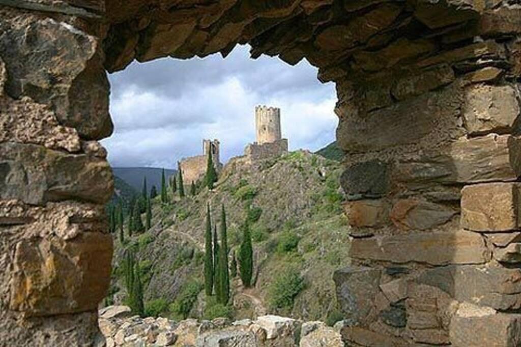 Vue du château du Xème siècle