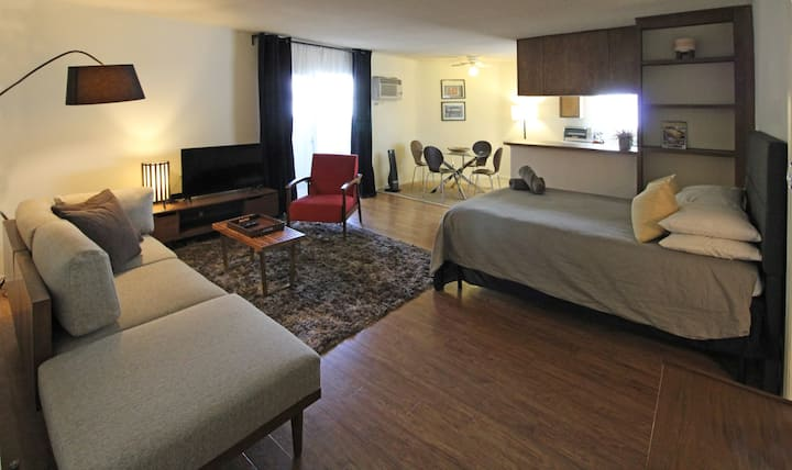 Prime location on Sunset strip walkable and cozy