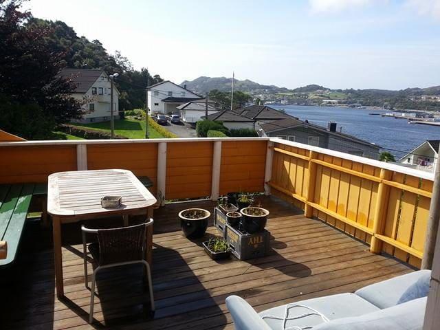 Kjerlighetstien.  Egersund. Norway - Egersund - Casa de camp
