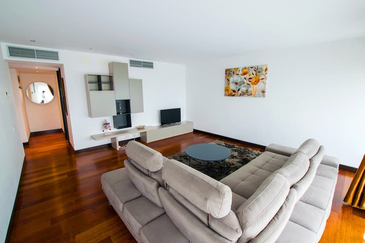 Alia Luxury Apartments 28