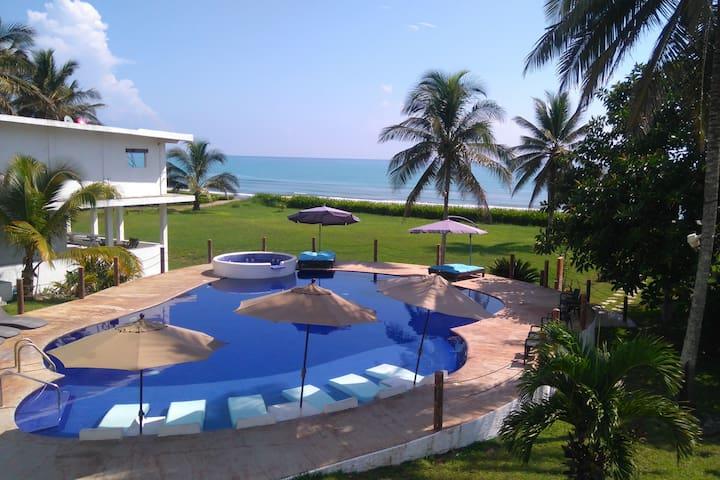 Villa con vista al mar en Costa Esmeralda