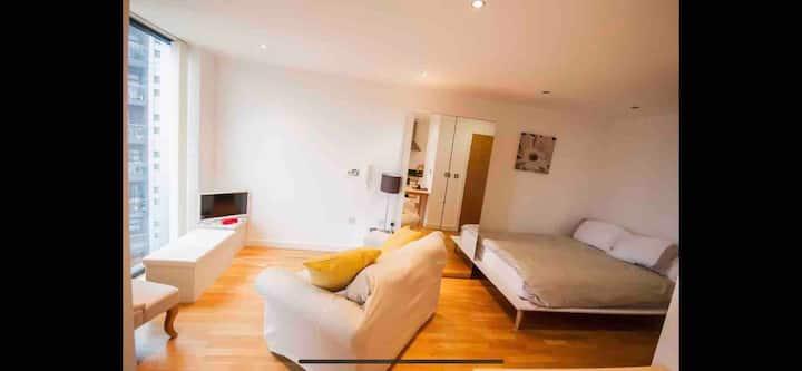 Quayside Apartment Salford Quays, MediaCity & Park