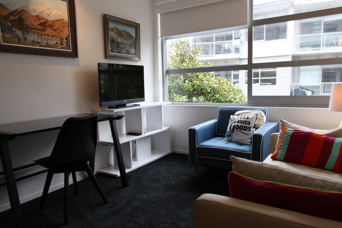 Studio apartment with panache, style and taste, and original artworks