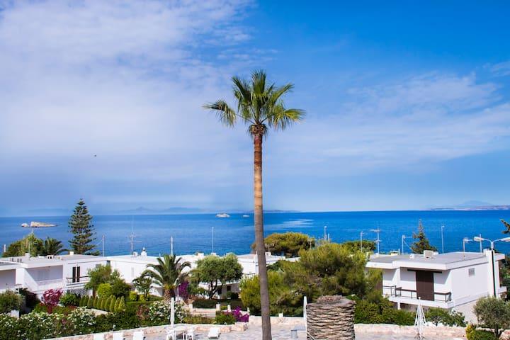 Relaxing seafront Beach Villa
