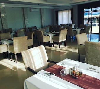 MULANDABI HOTELS IGANGA