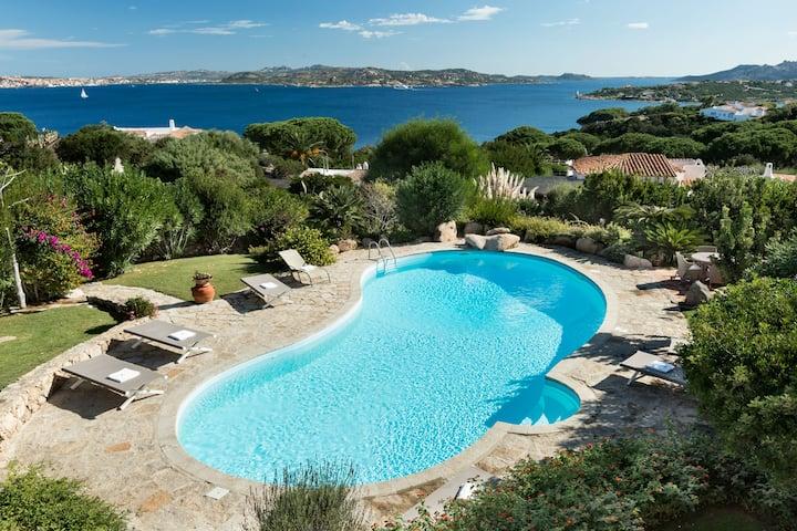 Luxury Villa with breathtaking view