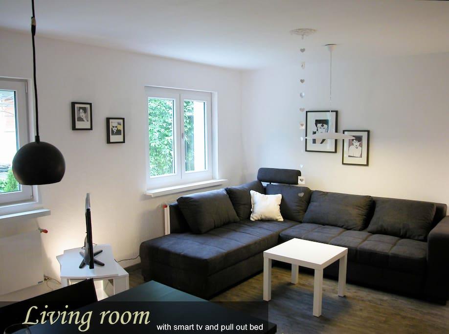 Wohn/Esszimmer Salon/salle à manger