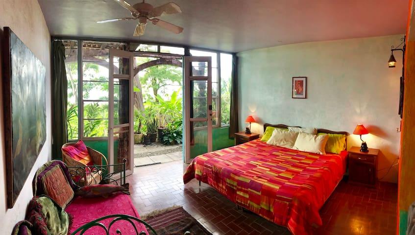 Enchanted Beach Garden Apartment (El Encanto #2)