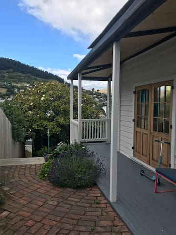 Lyttelton family villa - come and unwind