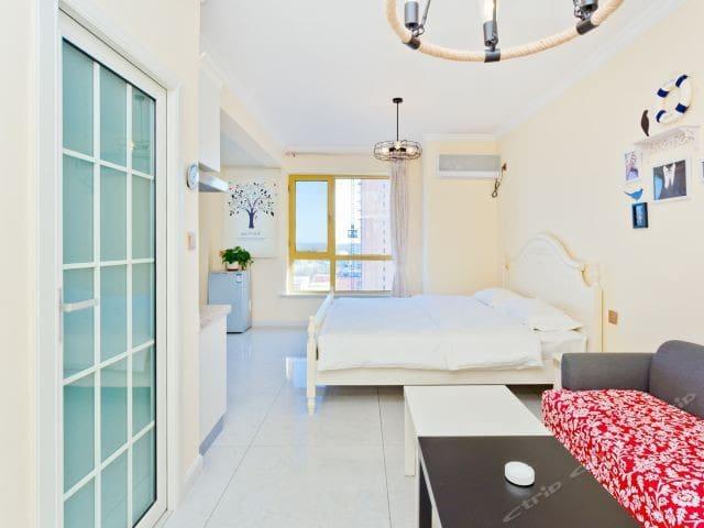 海眠馆一居室观海观海上日出公寓春媚