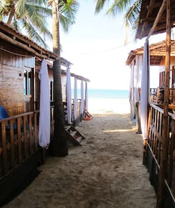 Standard Beachhuts with Balcony, Agonda Beach - Agonda