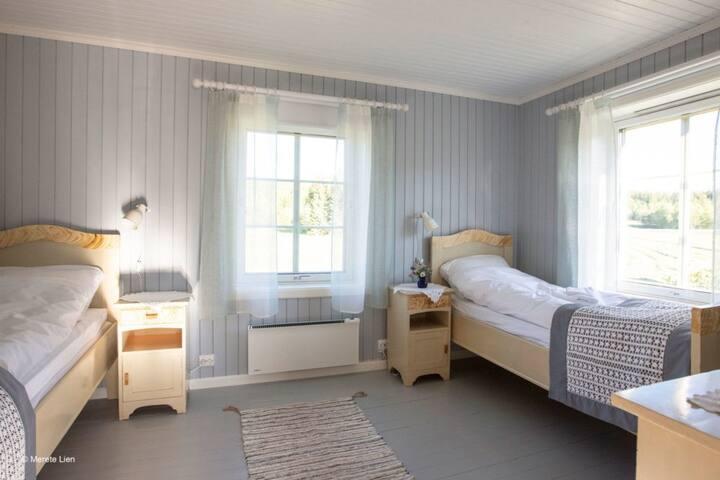 Room 5 - Anders Henningsen at Kirkvollen