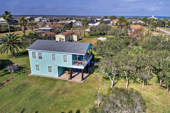 Home Near Beach Pier & Big Boggy Nature Preserve!