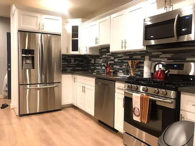 Entire Home/apt near Hollywood/dwntwn/silverlake