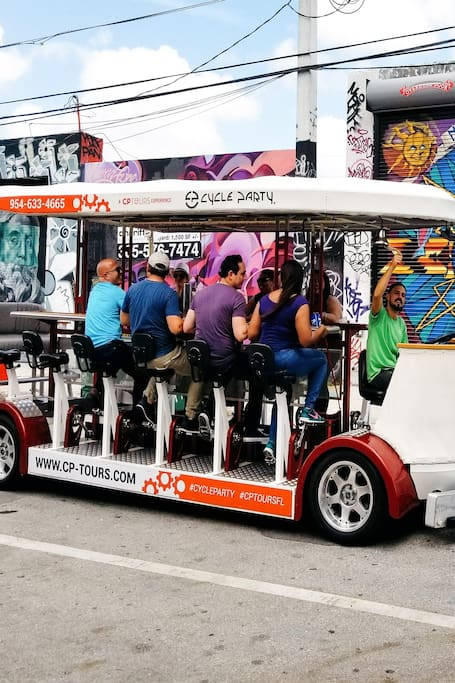 Miami Cycle Party Bar Crawl