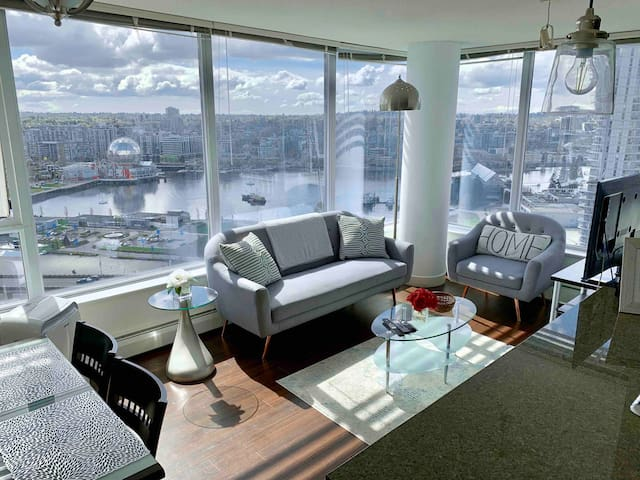 Unbeatable VIEWS! Newly Designed Condo w/Parking
