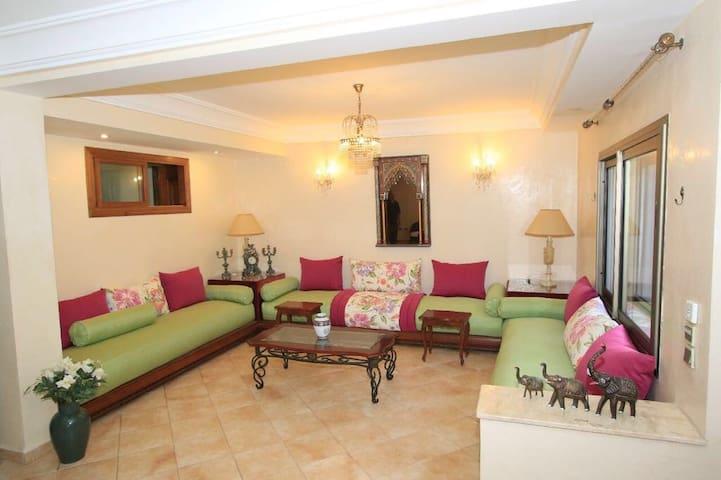 Joli appartement avec jardin - Casablanca - Casa