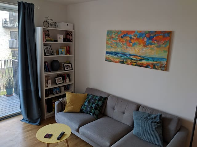 Cosy 1-bedroom flat close to the beach and metro