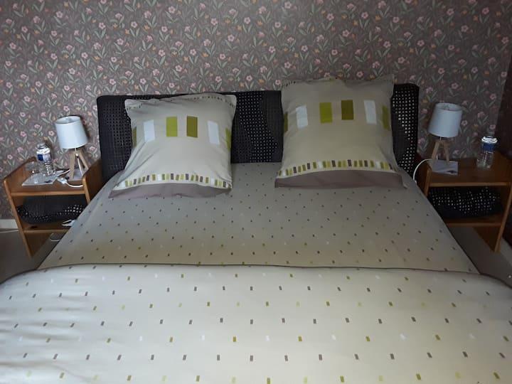Chambre simple mais accueillante