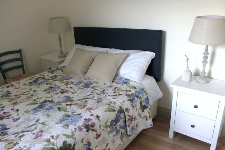 Bedroom 1: Comfortable double bed