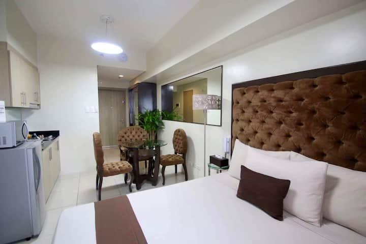 A cozy place to stay in Manila (Breeze) w/Netflix