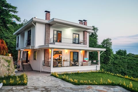 Blacksea First Line Luxury Villa