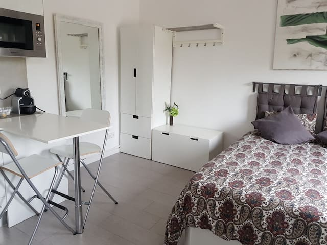 Refurbished studio in Sitges