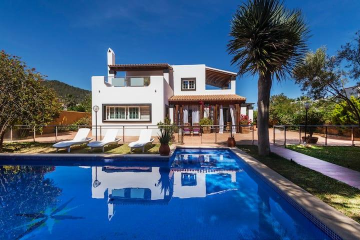 Villa Falco Ibiza near playa d'en bossa