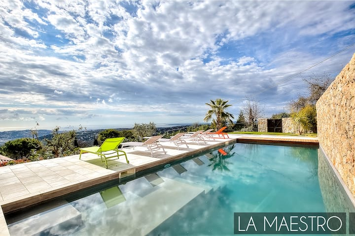 LA MAESTRO - luxurious villa with panoramic view