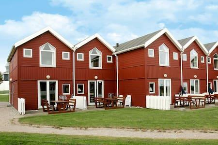 Spacious Villa close to the Beach in Hadsund