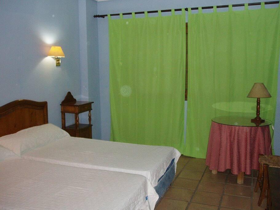 Apto 2 habitaciones con piscina en bahia sur apartments for Piscina san fernando
