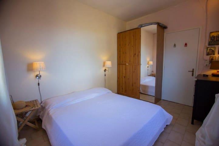 Yπνοδωμάτιο Α - Bedroom A
