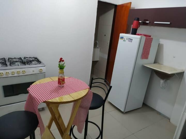 apartamento mobiliado por trás do Centro Fashion