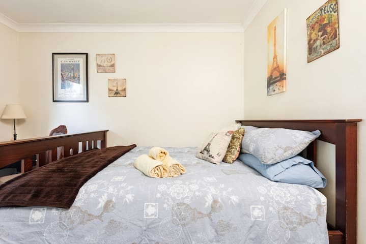 Private Room in Gladesville House