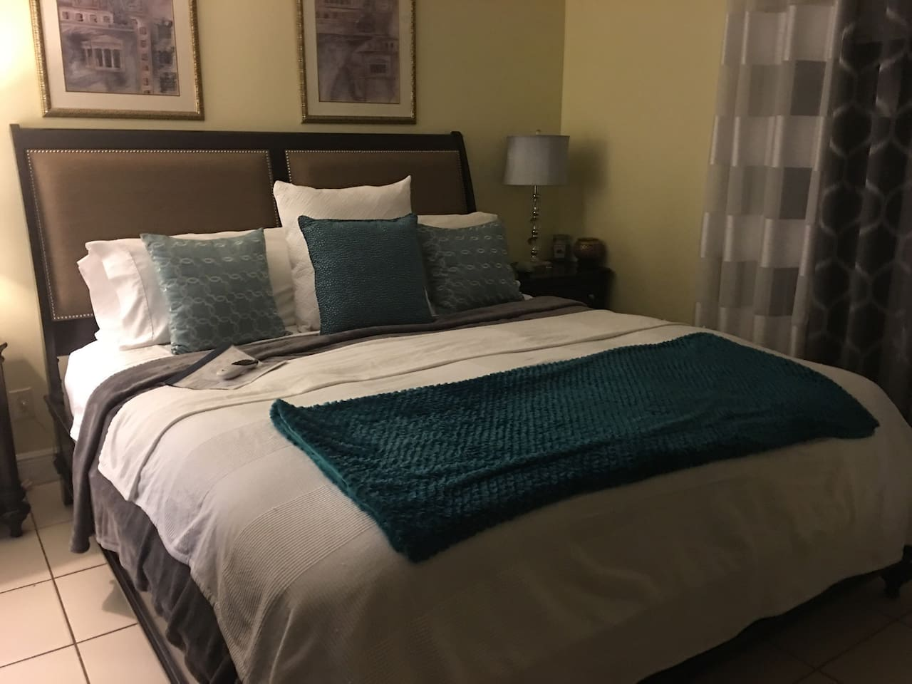 This is a king size bed. With dressers and drawers for your convenience walk in closet 55 inch TV DIRECTV and Netflix. 6%Tourist tax is due at time of booking.