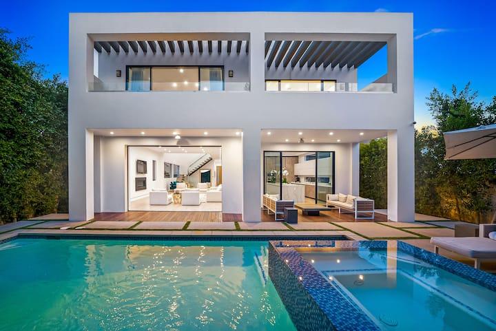 The Dream Villa