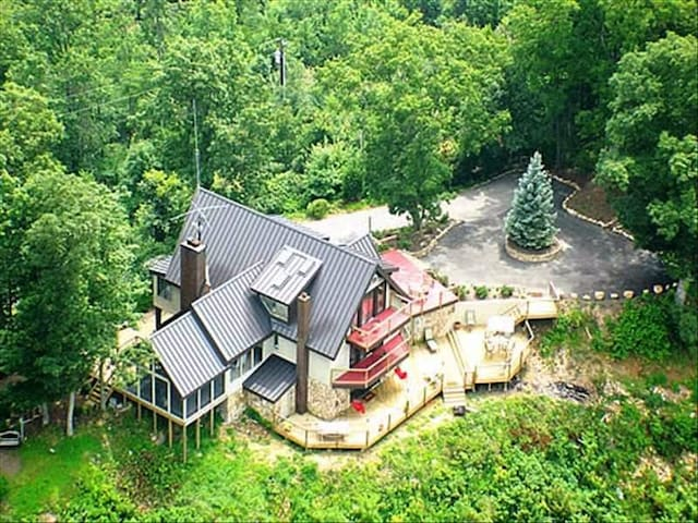 Great smoky mountains top of the world 3500 39 cabins Best mountain view cabins in gatlinburg tn